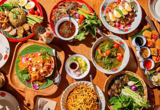 ร้านอาหารเหนือ ที่ขึ้นชื่อในเมืองเชียงใหม่ ที่บอกเลยว่า อร่อยสุด ๆ รสชาติของต้นตำรับของแท้