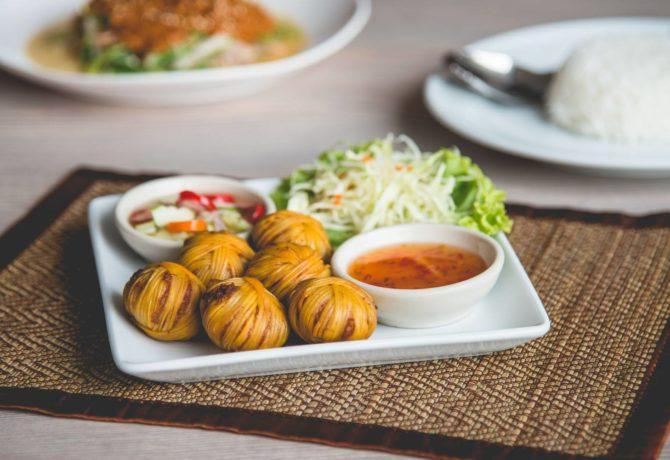 ร้านอาหารไทย รสชาติต้นตำหรับแท้ ๆ ในกรุงเทพ บอกเลยว่าไม่ควรพลาดเด็ดขาด