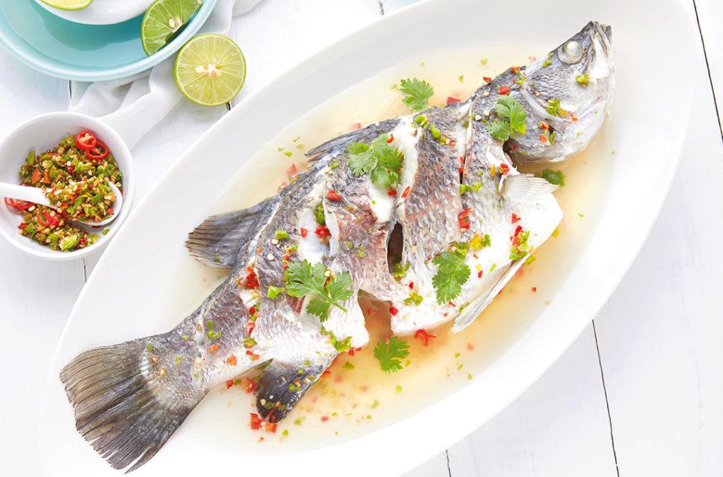 ปลากระพงขาวนึ่งมะนาว