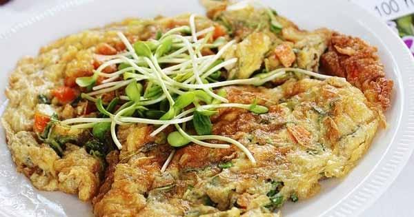 เมนูอาหารจากผักใบเขียว - ไข่เจียวต้นอ่อนทานตะวัน